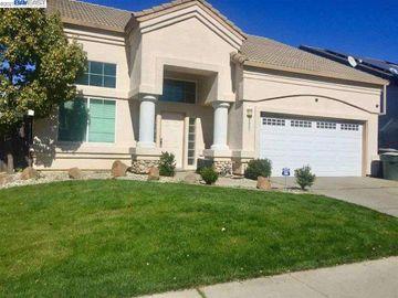 9057 Robbins Rd, Vineyard, CA