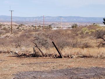 941 Calle Carrillo, Cntrville Add, AZ