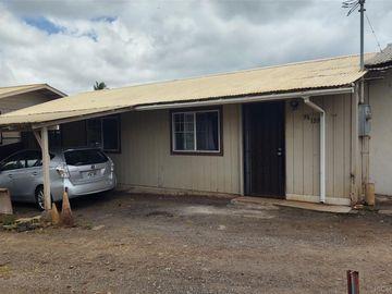 96-189 Waiawa Rd Pearl City HI Multi-family home. Photo 3 of 10